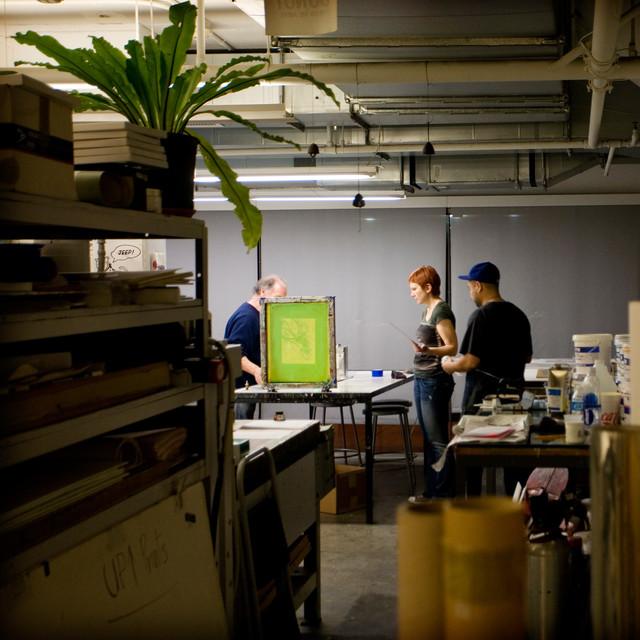 artcenter at night screen printing class