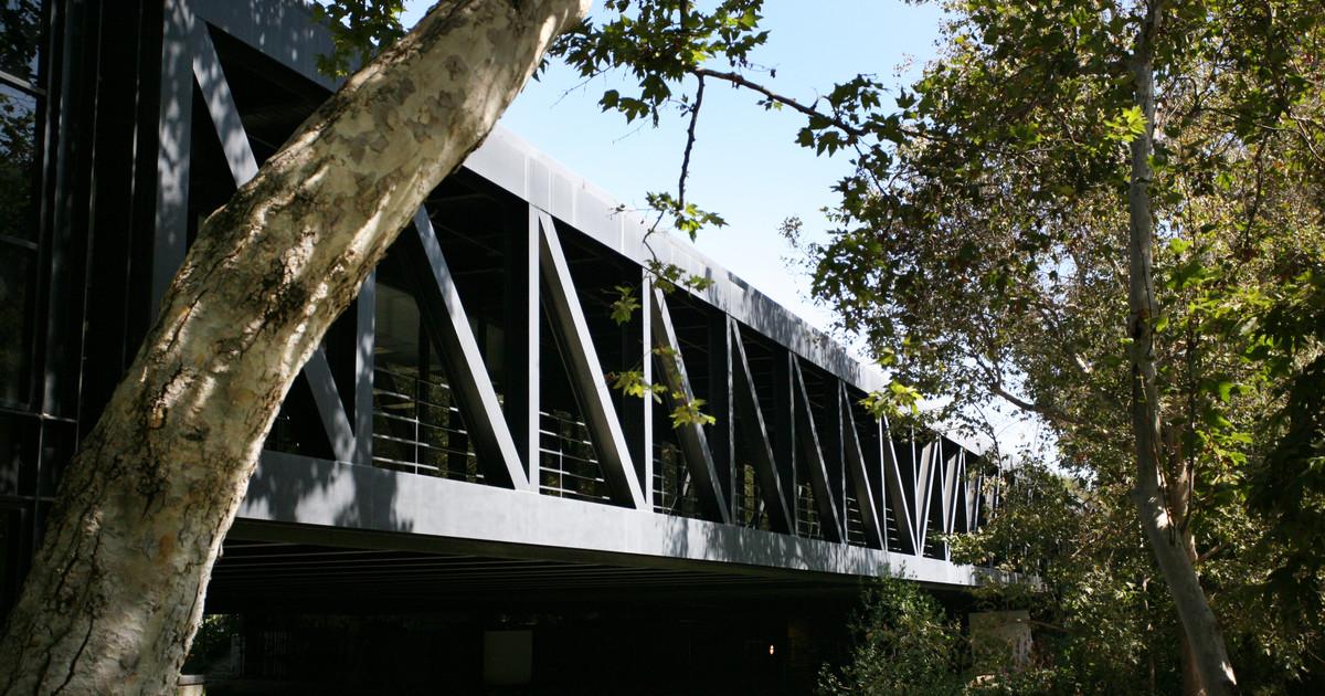 employment opportunities artcenter college of design
