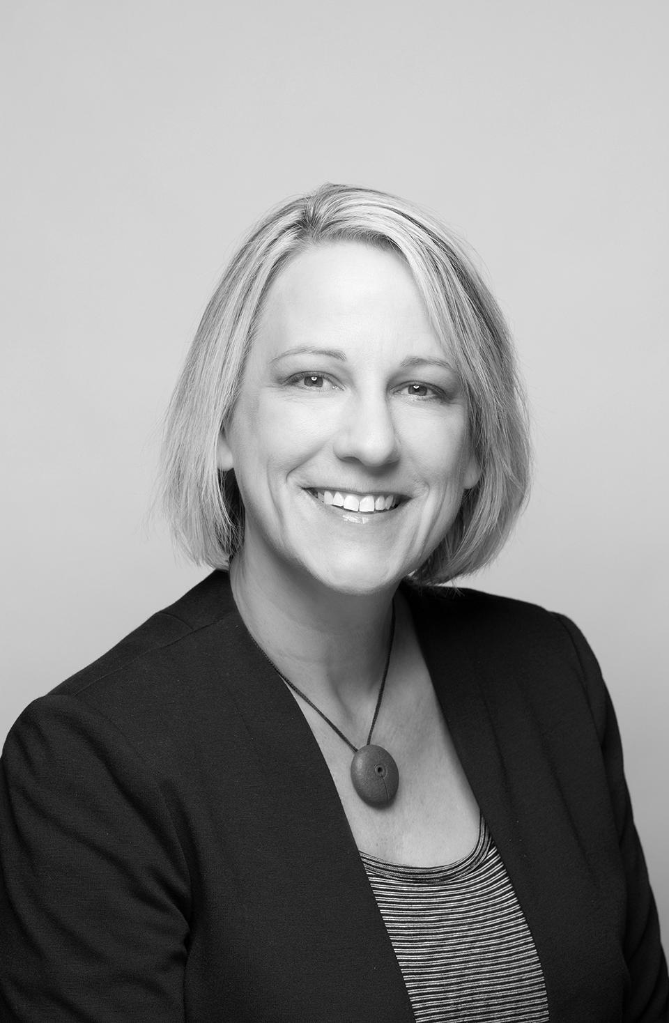 Photo of Karen Hofmann who won the IDSA Education Award.